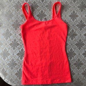 LULULEMON neon hot pink Tank Top 6 shirt  euc